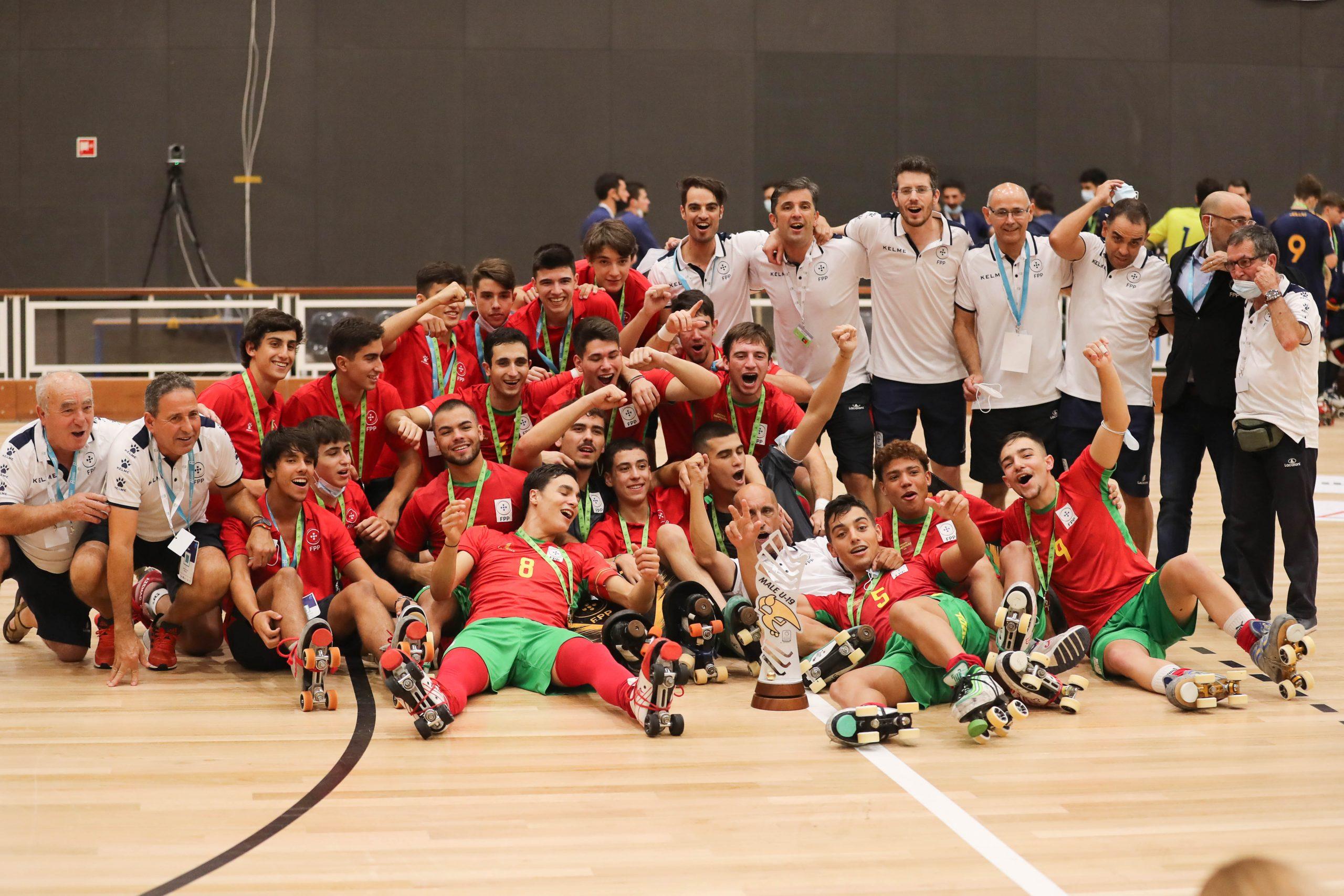 PHOTOS - 11-09-2021 - EURO U17 & 19 - PAREDES 2021 - Closing Ceremony