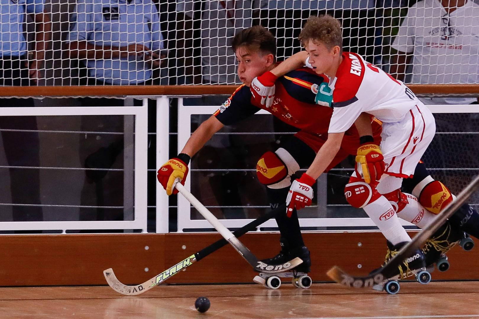 Espanha-com-Inglaterra-107-a-Large